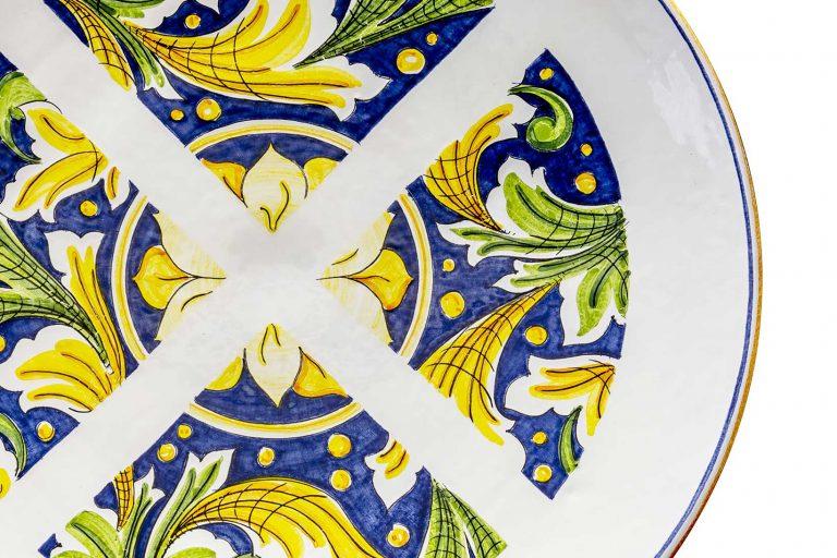 segnalEtica_Divieto Fermata_dettaglio03 _piatto ceramica maiolica decoro caltagirone pantoù ceramics