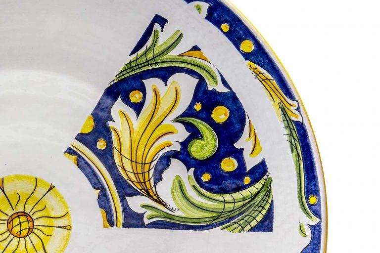 segnalEtica_Radioattività_dettaglio01 _piatto ceramica maiolica decoro caltagirone pantou ceramics