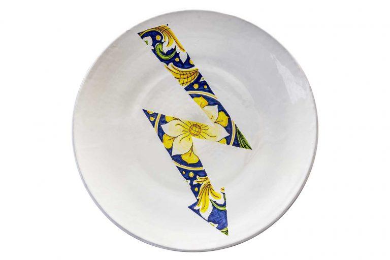 segnalEtica_high voltage _ceramic plate_ majolica_ caltagirone pantoù ceramics